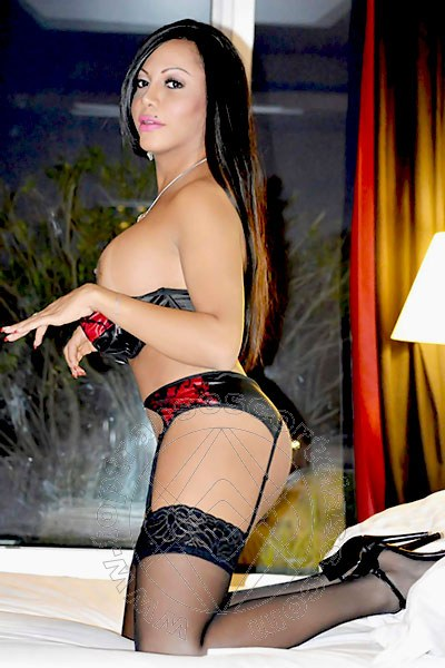 Nicolly Soares  AREZZO 3890090249