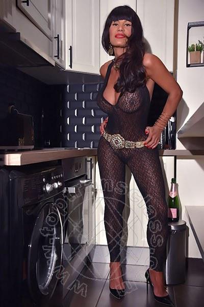 Luisa Sexy  PARIGI 0033632533370